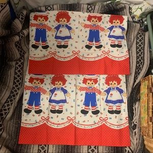 Raggedy Ann and Andy 70s kitschy cafe curtains 2